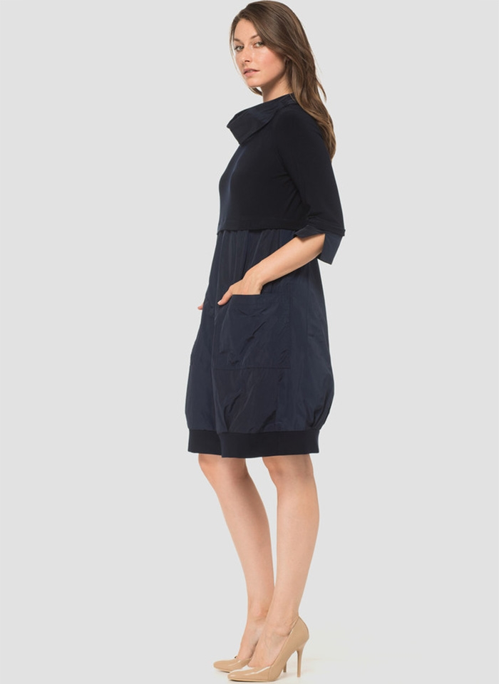 Joseph Ribkoff, Casualowa sukienka o luźny kroju.