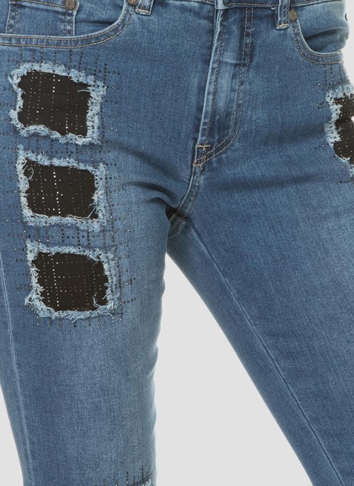 Joseph Ribkoff, Jeansowe spodnie typu slim z przetarciami.