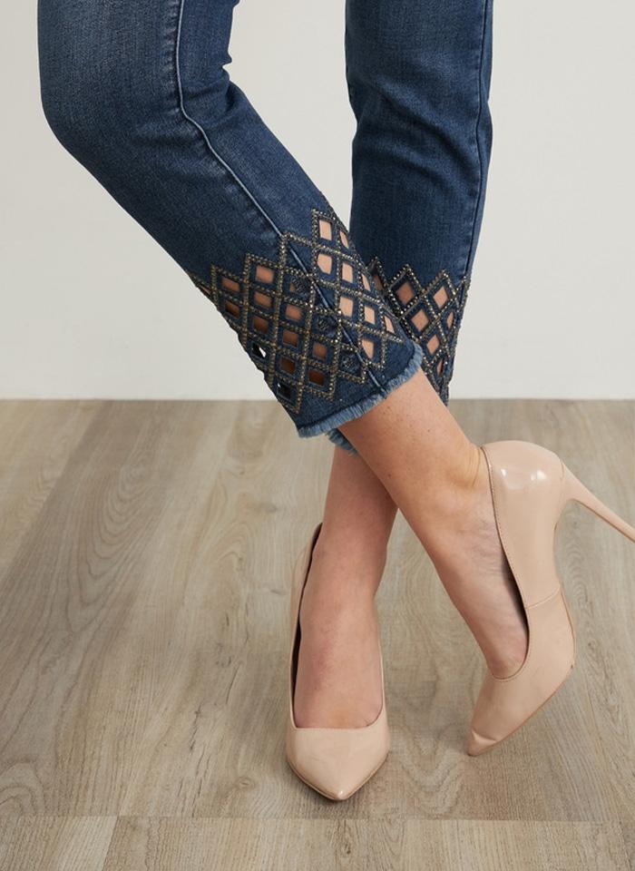 Joseph Ribkoff, Dżinsowe spodnie typu slim z ozdobnymi nogawkami.