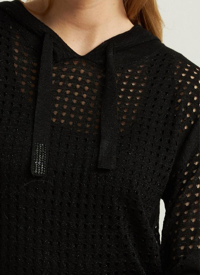 Joseph Ribkoff, Dzianinowa bluzka w sportowym stylu.